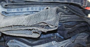 wide leg jeans street style