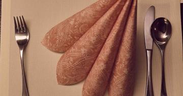 warum essen wir mit messer und gabel